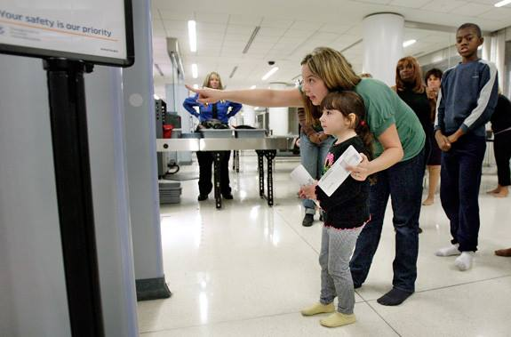 airport security kid