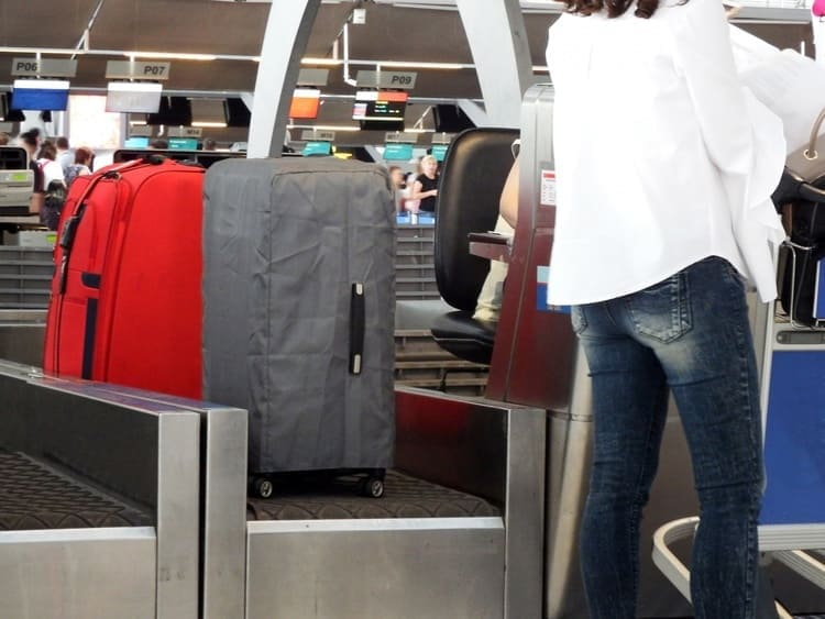 check-in luggages
