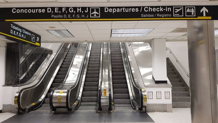 escalators to departure